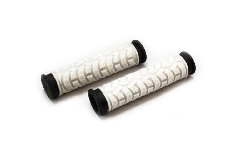 Ручки 3-232 на руль С49WB резиновые 125мм 2-х компонент. бело-черные CLARK`S